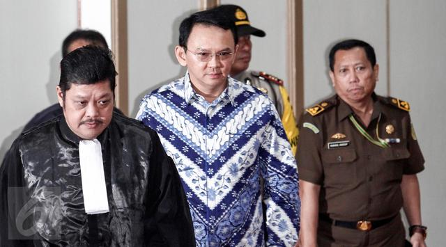 Sidang-Vonis-Ahok-7